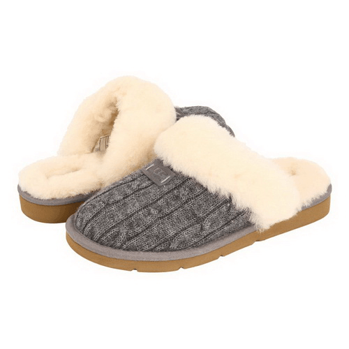 Фото UGG Cozy Knit Cable Grey