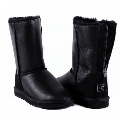 Фото UGG Classic Zip Metallic Leather Black