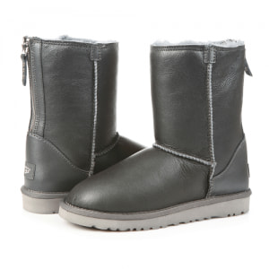 Фото UGG Classic Zip Leather Grey