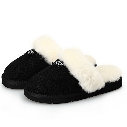 Фото UGG Cozy Knit Cable Black