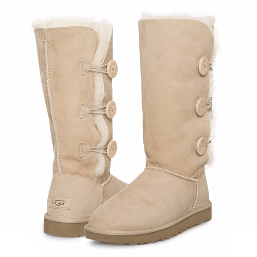 Фото UGG Classic II Tall Triplet Button Sand