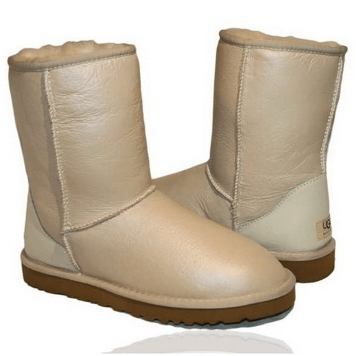 Фото UGG Classic Short Leather Sand