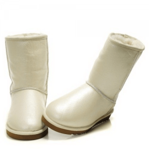 UGG Classic Short Leather White